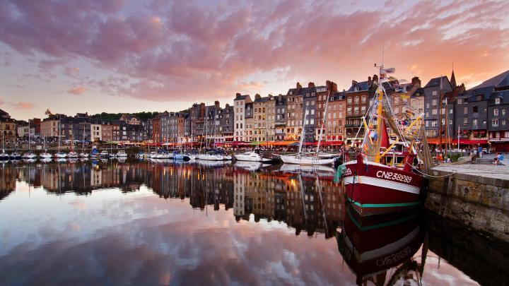 Encuentra el mejor lugar para los puertos en Honfleur