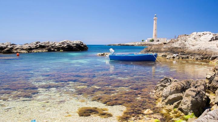 Encuentra el mejor lugar para la costa en Favignana