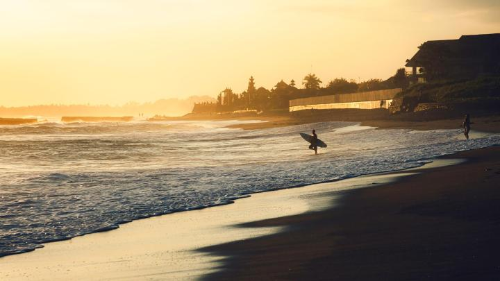 Encuentra el mejor lugar para el surf en Canggu