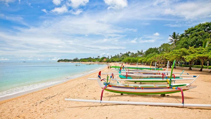 Encuentra el mejor lugar para los deportes acuáticos en Nusa Dua