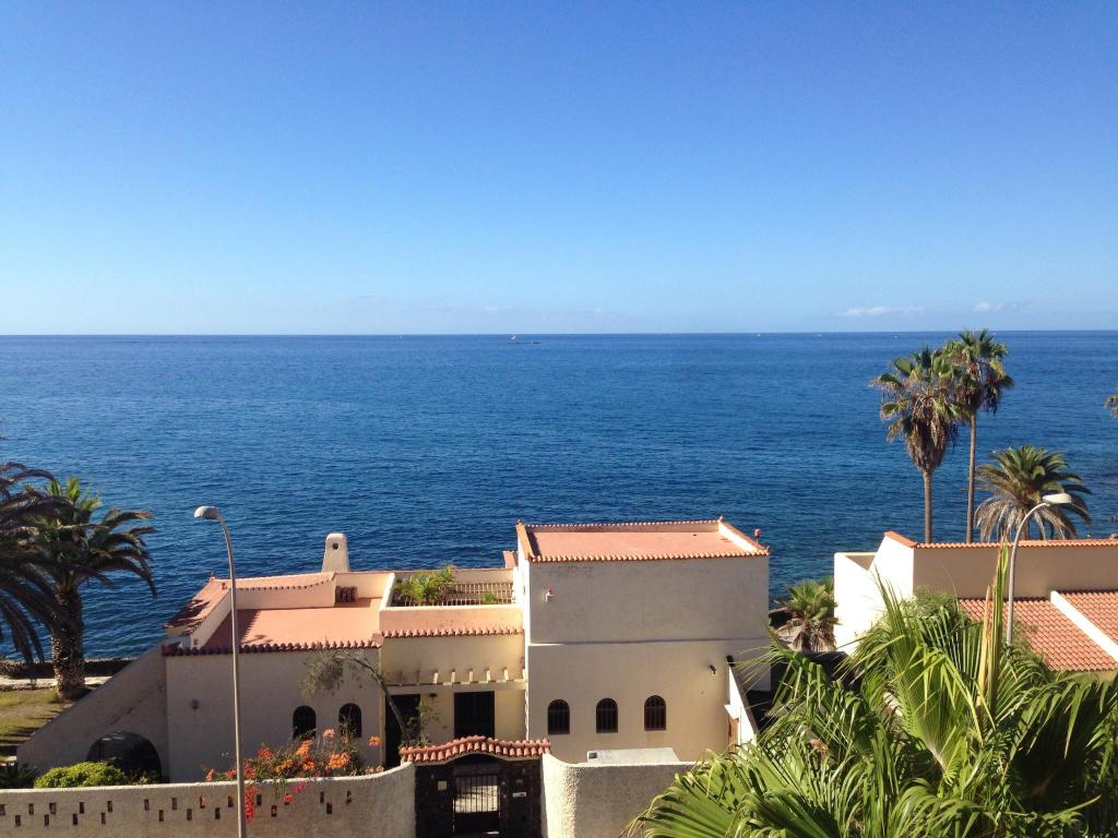9 verified photos taken by travellers while staying at - Hotel jardin caleta ...