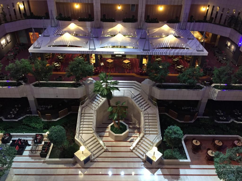 Новый год в отеле хилтон в праге