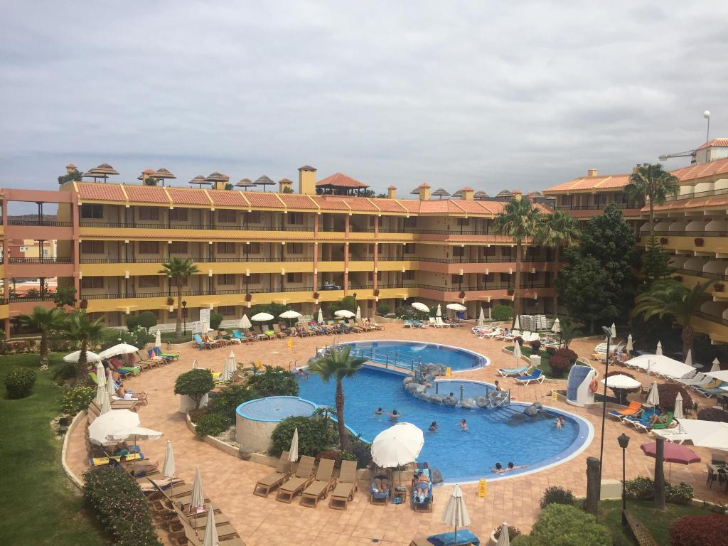 11 verified photos taken by travellers while staying at - Hotel jardin caleta ...