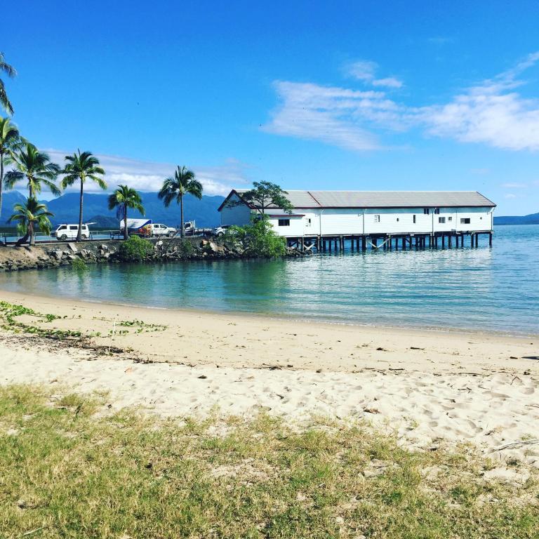 sheraton grand mirage resort port douglas australia. Black Bedroom Furniture Sets. Home Design Ideas