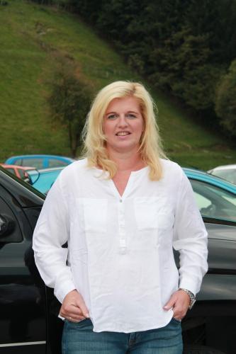 Barbara Manzl