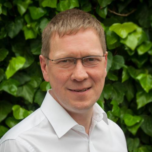 Stephen Kinnear, Operations Manager