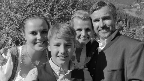 Reinhard & Alexandra mit Madeleine & Luis