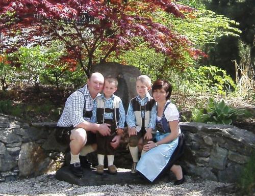 Unsere Familie , Gerhard , Hildegard Gerli und Matthias
