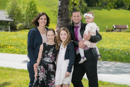 Silvia & Peter Neuner mit Kinder