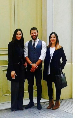 Elena, Zamara y Chakir