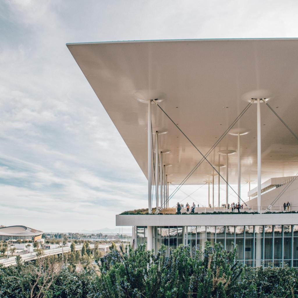 Architect Renzo Piano wanted the building to look like a part of the earth itself