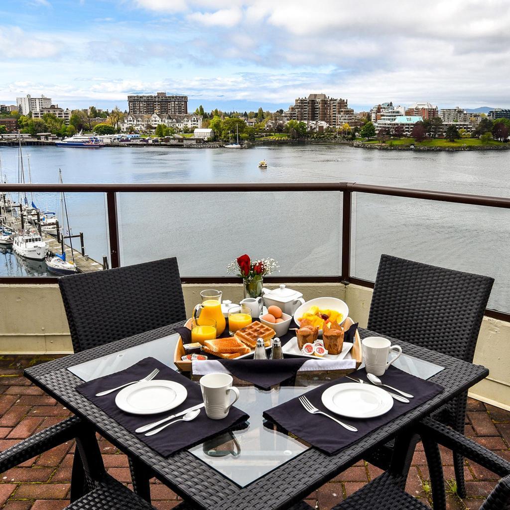 Victoria Regent Waterfront Hotel