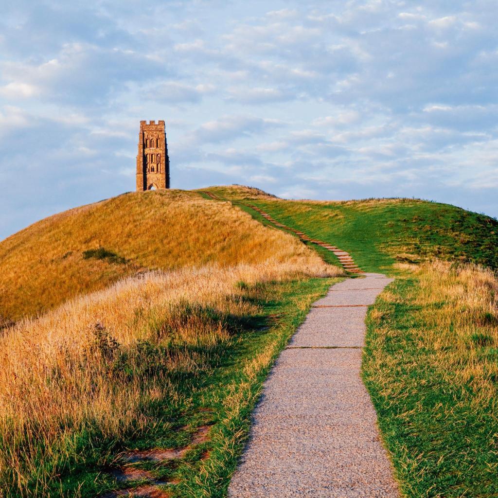 El histórico Glastonbury Tor en Somerset