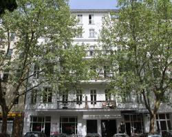 Nollendorf Apartments Motzstraße