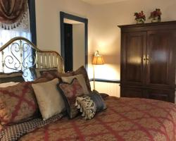 Parsonage Inn Bed and Breakfast