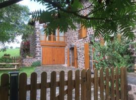 Ferme renovee Puy en Velay, Concis