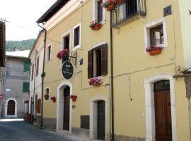 Bed and Breakfast Via Della Piazza, Pescasseroli