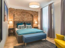 Colonel Suites & Apartments