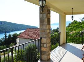 Apartment Julia, Tivat