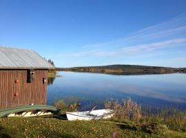 Lakeside House in Lapland, Skaulo