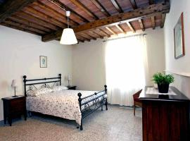 My Tuscany B&b, Lamporecchio