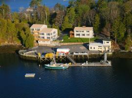 Quahog Bay Inn, Dyer Cove