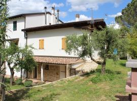 Radici House, Torgiano