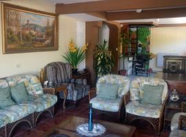 Hostal Kuskatan, Antiguo Cuscatlán