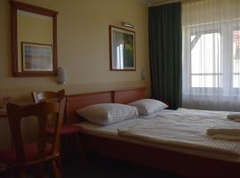 Paprika Tranzit Hotel, Hegyeshalom