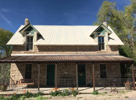 Stone House Inn - Room 2, Crawford
