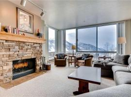 The View #20 - Two Bedroom Condominium, Alta