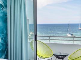 Hotel Apartamentos Marina Playa - Adults Only, San Antonio Bej