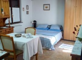 fiona's holiday cottage, Lanuvio