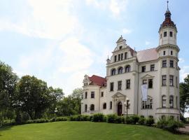 Schloss Groß Lüsewitz, Groß Lüsewitz