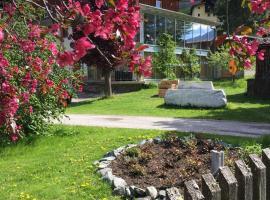 Landhaus Alpenrose - Feriendomizile Pichler, Heiligenblut
