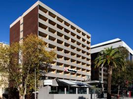 Travelodge Hotel Perth, Pertas