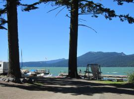 Odell Lake Resort, Odell Lake