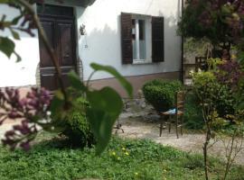 La Casa Sul Fienile, Mongiardino Ligure
