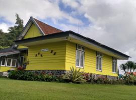 Villa Cemara Tiga, Prigen