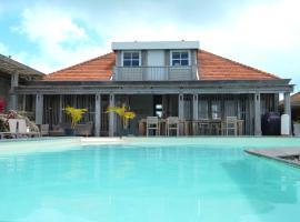Villa Frangipani, Oranjestad