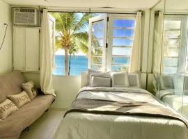 Ocean View Apartments, San Chuanas