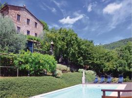 Three-Bedroom Apartment Camaiore -LU- with a Fireplace 06, Fibbialla