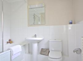 Berkshire Rooms Ltd - Gray Place