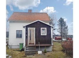 Three-Bedroom Holiday home Bjurholm with a Fireplace 01, Aggnäs
