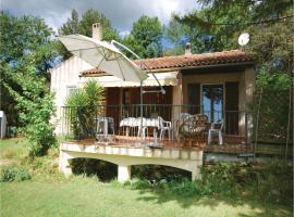 Three-Bedroom Holiday Home in Puget Ville, Puget-Ville