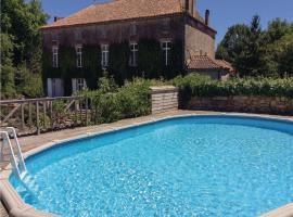 Studio Holiday Home in Feuillade, Feuillade