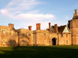 Thornbury Castle, Thornbury