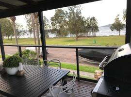 The Water View House in Port Stephens, Lemon Tree Passage