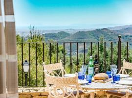 SBCC-2 bedroom villa with breathtaking viewS, Marbella