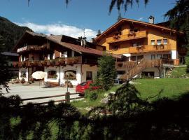 Hotel Camoscio, Rocca Pietore